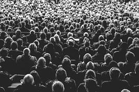 Disfruta hablar en público ante tu audiencia de la Venta Directa